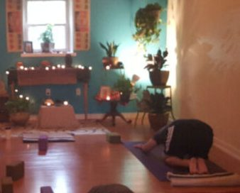 Yoga Lovers in Philadelphia Come Together to Find Inner Peace at Blue Banyan Yoga